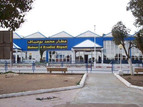 Landlocked in Algeria (3/6)